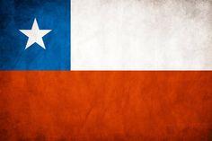 Está es una bandera de Chile. Tiene rojo, azul, blanco y una estrella blanca.