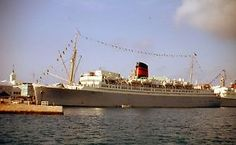 35mm-Slide-Queen-of-Bermuda-Cruise-Ship-1964-Bermuda-Full-View