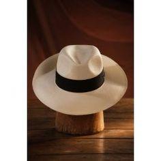 En Palmas Shop apostamos por sombreros Panamá de lujo, este Panamá es una muestra de ello, es una exclusiva oferta de ofrecer calidad a un precio asequible, un sombrero que merece especial atención es del que hablaremos hoy, el modelo Habana Clásico Montecristi 12 hebras, fino.
