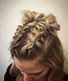 The Only Braid Styles You'll Ever Need to Master, Peinados, Riding the braid wave? With these step-by-step instructions, you& nail down 15 gorgeous braid styles in no time. Concert Hairstyles, Up Hairstyles, Pretty Hairstyles, Modern Hairstyles, Hairstyle Ideas, Wedding Hairstyles, Fashion Hairstyles, Protective Hairstyles, Headband Hairstyles