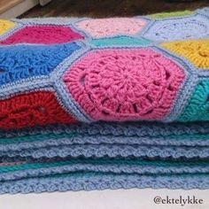 Hexagon crochet blanket Hexagon Crochet, Blanket, Blankets, Shag Rug, Comforters, Quilt