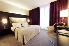 Lindner Hotel Am Belvedere, Wien (offenes Bad, Dusche in Wanne?)