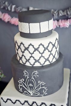 grey cake---this color grey on the cupcakes Fondant Cakes, Cupcake Cakes, Cupcakes, Beautiful Cakes, Amazing Cakes, Cake Decorating Classes, Cake Blog, Cakes For Men, Cake Cover