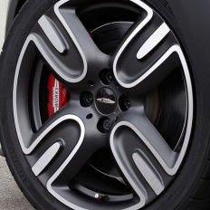 car exterior, wheel