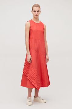 Model front image of Cos a-line dress with pleated drape in orange Next Dresses, Dresses For Work, Summer Dresses, Draped Dress, Chiffon Dress, Coral Dress, Blue Dresses, Stylish Dresses, Casual Dresses