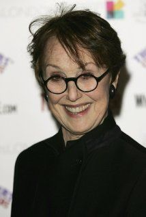 Una Stubbs was born on May 1937 in Welwyn Garden City, Hertfordshire, England. She is an actress, known for Sherlock Worzel Gummidge and Till Death Us Do Part She was previously married to Nicky Henson and Peter Gilmore. Una Stubbs, Midsomer Murders, Mrs Hudson, Nurse Costume, Dramatic Arts, Stage Play, English Actresses, John Watson, Baker Street
