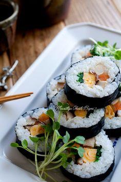 Futomaki - Japanese Sushi Rolls