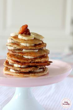 Wegańskie placki owsiane z bananem Pancakes, Sweets, Healthy Recipes, Vegan, Breakfast, Interior, Diet, Sweet Pastries, Indoor