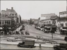 #NewYorkCity | Kingsbridge Road looking north-east from Fordham Road, The Bronx, 1930 (William J. Roege/MCNY)