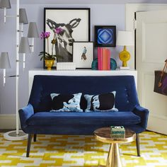 Hans Pedestal Side Table | Modern Furniture | Jonathan Adler