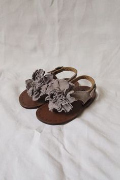 Super cute baby girl shoes!