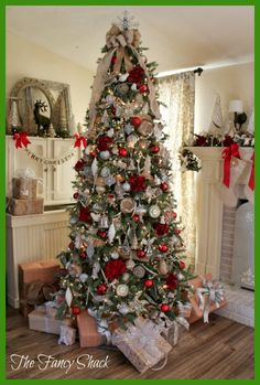 [Christmas Tree] Decorating Your Home for Christmas *** Be sure to check out this helpful article. #ChristmasTree