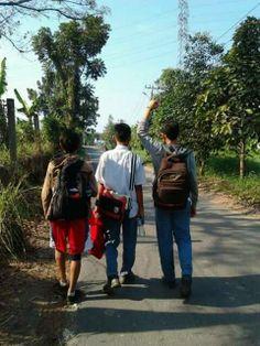 And Finally, We go to #BIGEIGHT! pulang dari SMA Wahidin babak penyisihan dan memastikan Tempat d 8 besar #Loop3x3