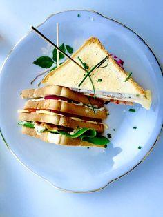 Club sandwich voor bazen! Pittig, romig, fris, knapperig. TOP! Recept op de bron! Eten. Broodje. Lekker.