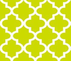 Quatrefoil Lime fabric by honey