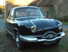 1959 Panhard Dyna Z Aluminium Body (Replaced later with a steel body) FWD flat twin Boxer motor. Citroen Ds, French Classic, Classic Cars, Vintage Models, Vintage Cars, Old Cars, Peugeot, Cars And Motorcycles, Dream Cars