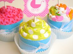 baby burp cloths cupcakes { these aren't the edible kind}-nice baby shower idea