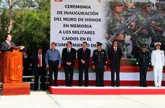 El gobernador del estado de Veracruz, Javier Duarte de Ochoa asistió a la develación del Muro de Honor a los Militares Caídos en el Cumplimiento del Deber, evento en el cual se reconocieron los resultados de las Fuerzas Armadas en todo el país y refrendar su alianza a favor de la seguridad de los veracruzanos.