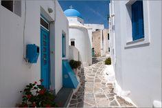 Lefkes auf Paros von Christine L