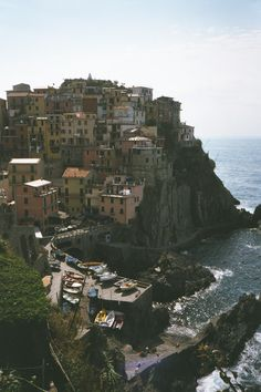 Cinca Terra, Italy - I've been to Italy a few times, but this is one place I really want to go with my fiance. I think it would be so romantic and a lovely holiday! #HipmunkBL