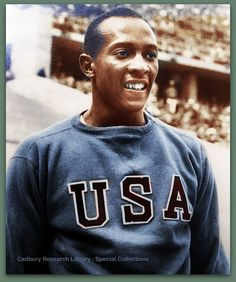 Owens won four gold medals, in the relay and the long jump. He managed to break or equal nine Olympic records and also set three world records. Berlin Olympics, Us Olympics, Summer Olympics, Photography Essentials, City Photography, People Photography, Olympic Records, Jesse Owens, American Athletes
