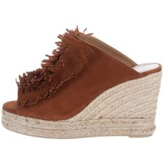 Pre-owned Castaner Fringe-Trimmed Wedge Sandals ($130) ❤ liked on Polyvore featuring shoes, sandals, brown, suede fringe sandals, brown suede sandals, peep toe sandals, wedges shoes and peep toe wedge sandals