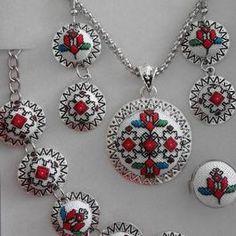 Cross Stitch Heart, Simple Embroidery, Modern Cross Stitch Patterns, Luxury Gifts, Cross Stitching, Crochet Earrings, Handmade Jewelry, Bulgaria, Mini