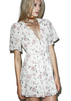 Say You Will Wrap Dress is gunna lead ya into a daydream, babe! This gorgeous mini dress features a suuuper soft 'n flowy cream floral printed chiffon construction, fully lined body, fluttery sleeves, a deep v-neckline, and exxxtra long waist ties for a waist wraparound tie closure.