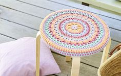 Handicraft, Beach Mat, Knit Crochet, Stool, Outdoor Blanket, Knitting, Rugs, Handmade, Crafts