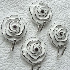 Decorative hook wiht rose. Держатель для мини-карниза. Hooks.
