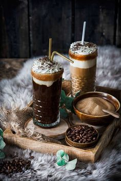Mexican Coffee Cocktail – All Recipes Cocktail Photography, Coffee Photography, Coffee Love, Coffee Break, Coffee Coffee, Coffee Tables, Ninja Coffee, Easy Coffee, Coffee Travel