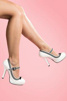Secretary Mary Jane White velvet bow platfom pump von Pinup Couture. In  Zusammenarbeit mit Borello 7c5d61f334