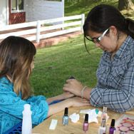 $10 Manicure for Shabbos in TheZone girl's division