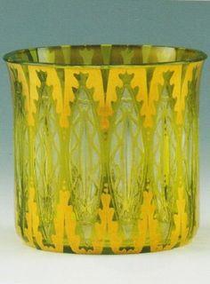 Hans Bolek , 1913 , for Loetz Bohemia Glass, Czech Glass, Art Nouveau, Glass Art, Planter Pots, Sculptures, Objects, Austria, Bohemian
