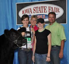 Showmanship Tips from Deb Core. She judged showmanship at the 2012 JNHE and selected me for 8th overall showman! :)