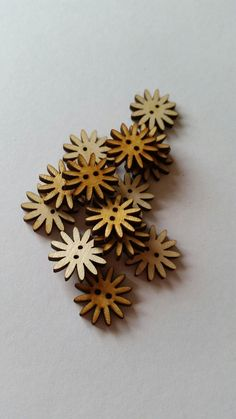 Unfinished Wooden Daisy Laser Cut Sewing Buttons