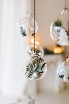 Christmassy Glaskugeln - macht & # s in Miss K sagt Yes Shop Christmas Trends, Nordic Christmas, Christmas Love, Christmas Balls, Christmas Inspiration, All Things Christmas, Christmas Holidays, Christmas Crafts, Christmas Ornaments
