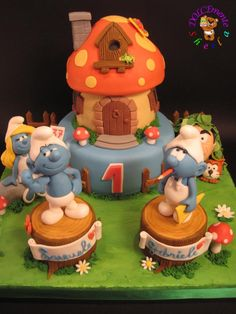 Smurfs. Can you imagine!! The person who made this is soooo talented!!