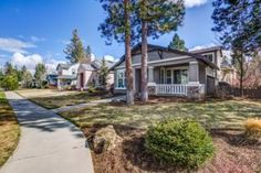 19569 Lost Lake Drive, Bend, OR 97702 (MLS #201702106) :: Fred Real Estate Group of Central Oregon
