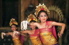 #pendet # traditionaldance #bali