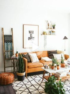 Living Room Wall Decor Ideas Plants Color - Living Room : Home Decorating Ideas Retro Living Rooms, Boho Living Room, Living Room Colors, Living Room Designs, Bohemian Living, Mid Century Modern Living Room, Cozy Living, Living Room Modern, Room Wall Decor