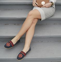 Who doesn't love Tory burch and a great pair of flats?!