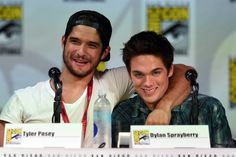 Tyler Posey and Dylan Sprayberry at event of Teen Wolf (2011)