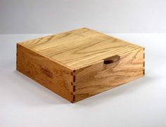 JMCraftworks: Oak Keepsake Box