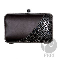 Product # FPP5673    Product Category FERI Purses & Wallets – Prestige    Perches from My Virtual Designer Mall (VDM) http://www.gwtcorp.com/rjames45    - Champagne satin lined box clutch  - Embellished with gold toned metal, champagne coloured baguette and round stones  - Mirror-like facets give amazing colour and shine  - Push top locking closure  - Comes with rose gold toned customized FERI hardware  - Comes with removable chain handles, one short and one shoulder…