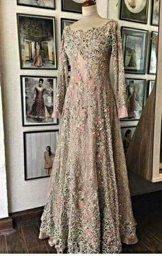 Super Ideas For Embroidery Dress Design Gowns Nikkah Dress, Pakistani Formal Dresses, Pakistani Wedding Outfits, Pakistani Wedding Dresses, Bridal Outfits, Indian Dresses, Fancy Wedding Dresses, Asian Wedding Dress, Bridal Dress Design