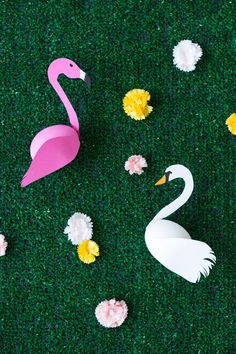 Cute alert!! DIY Swan + Flamingo Easter Eggs