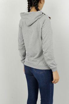 Yeni Sezon Bayan Giyim Modelleri | Modamızbir.Com Turtle Neck, Pullover, Sweatshirts, Sweaters, Fashion, Moda, Fashion Styles, Trainers, Sweater