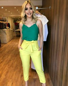 love this fun and colorful business casual look Business Casual Outfits, Office Outfits, Classy Outfits, Cute Outfits, Hijab Fashion, Girl Fashion, Fashion Looks, Fashion Outfits, Womens Fashion
