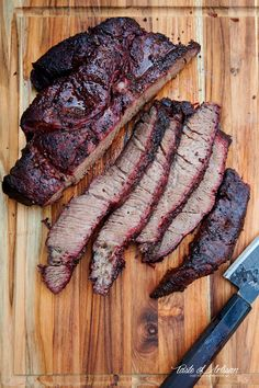 Seasoned with just coarse salt and pepper and smoked low and slow to perfect tenderness. Smoked Beef Roast, Smoked Chuck Roast, Smoked Brisket, Smoked Roast Recipe, Chuck Tender Roast Recipe, Chuck Roast Recipes, Chuck Roast Grilled, Beef Chuck Roast, Pellet Grill Recipes